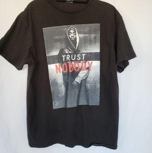 Delta Trust Nobody t shirt sz large